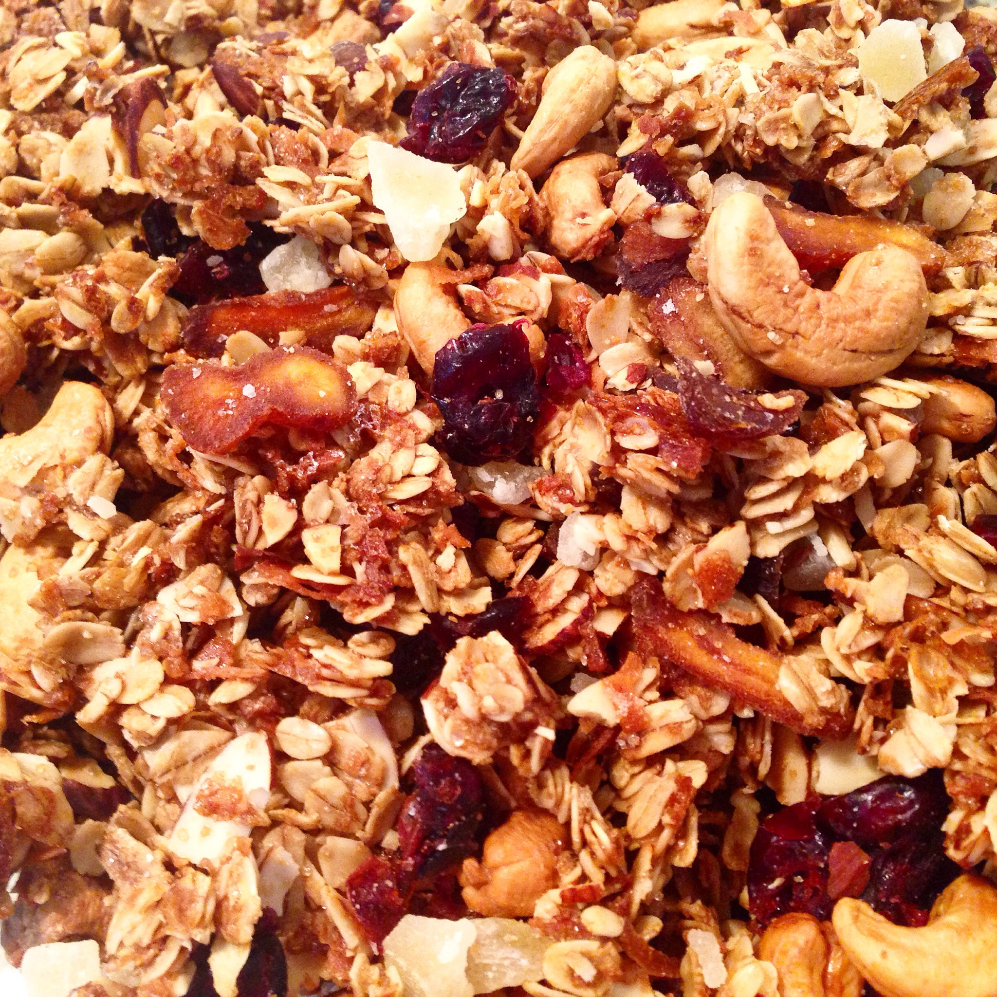 Pineapple and Coconut Granola - Jen Chooses Joy : Jen ...